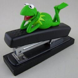 00 stapler