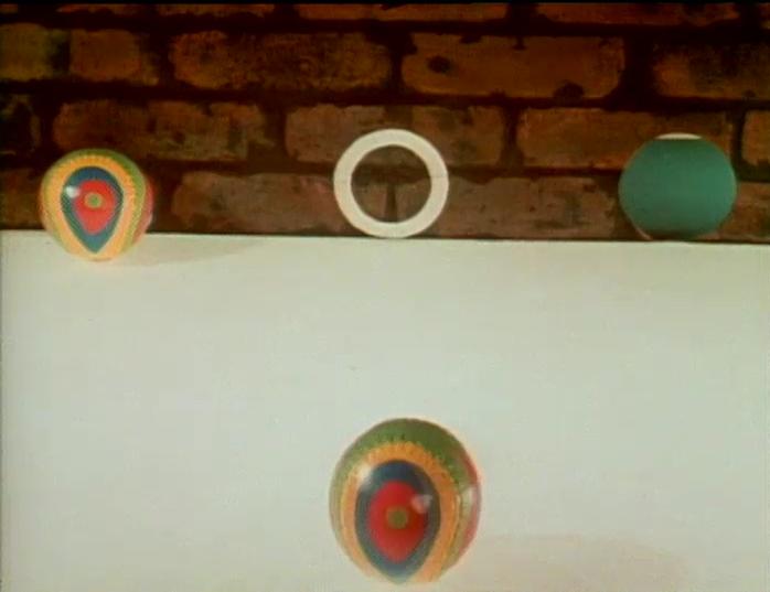 File:Ball.brickwall.jpg