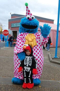 Sesame Place 2009 Halloween Cookie Monster