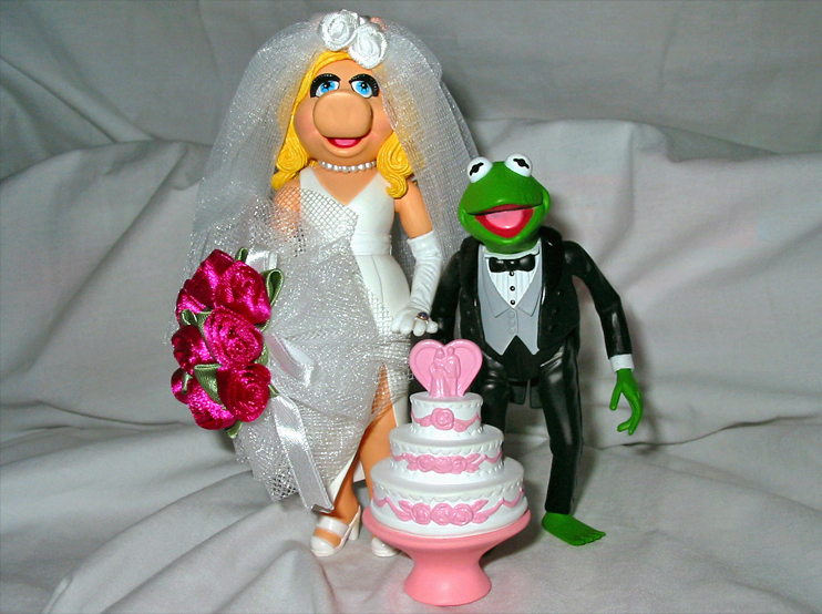 Wedding Of The Century Kermit And Piggy Action Figure Set Muppet Wiki Fandom Ed By Wikia