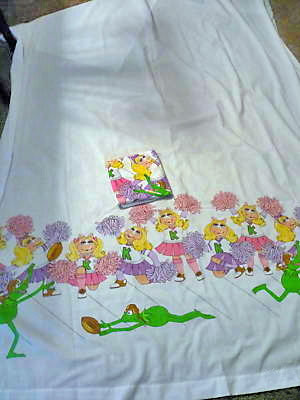 File:Piggy flat sheet 2.jpg