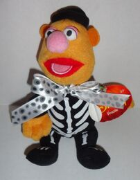 Just play 2013 halloween fozzie skeleton