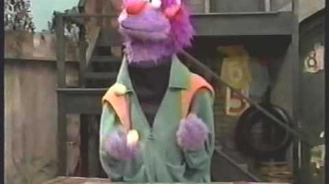 Dexter juggling on Sesame Street