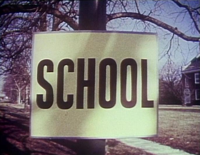 File:Schoolsignspin.jpg