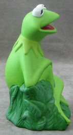 Giftco kermit ceramic bank 3