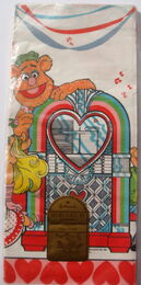 Hallmark 1981 valentine's day party tablecloth 4
