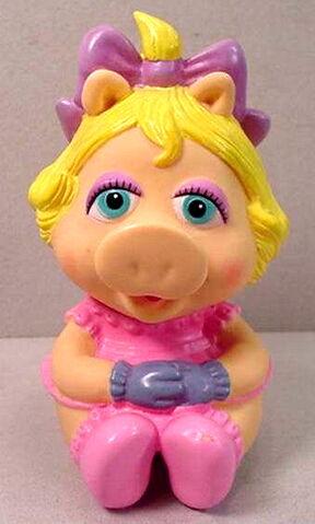 File:Hasbro1984BabyPiggyPVC.jpg