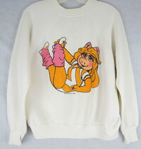 1982 sweatshirt miss piggy aerobics
