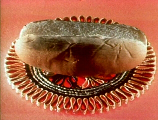File:Hotdogbun.jpg