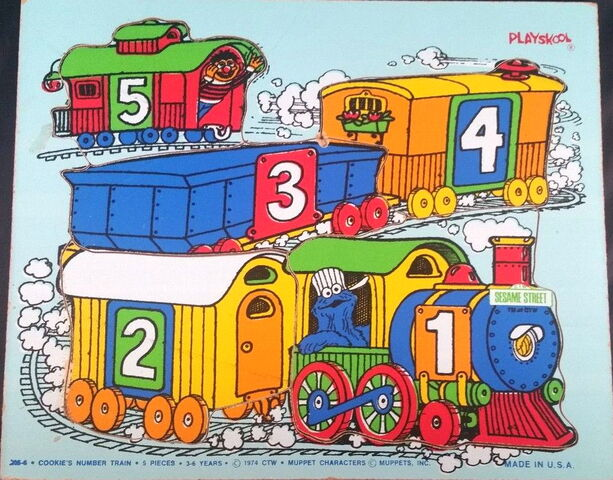 File:Playskool1974Train5pcs.jpg
