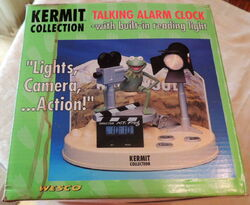 Weco uk alarm clock kermit collection talking lights camera action 3