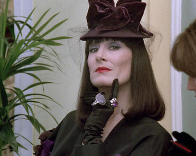 anjelica huston about raul julia