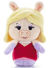 Itty bitty miss piggy