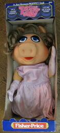 Fisher-price miss piggy puppet 1