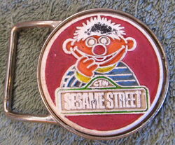Pyramid belt co ernie buckle sesame 1