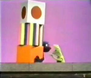 File:Kermitgroverboxes.jpg