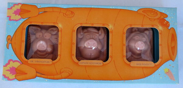 Hallmark 1981 soap pigs in space set