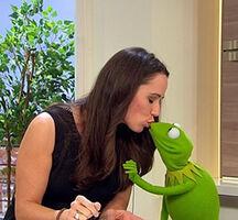 SAT.1-Frühstücksfernsehen-Kiss-Kermit&SimonePanteleit-(2012-01-20)