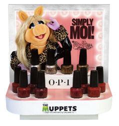 Piggy nail polish