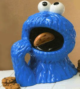 File:CookieMonsterCookieJarVandorCeramic.jpg