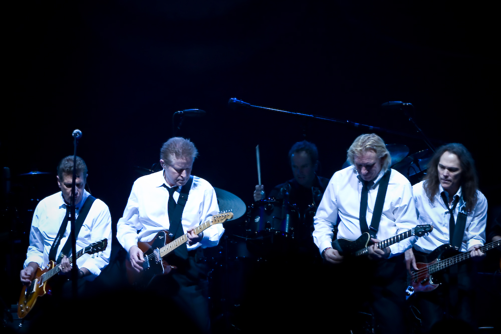 File:Eagles.jpg