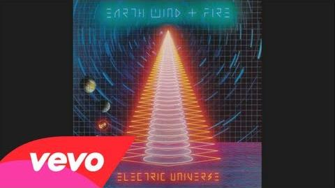 Earth, Wind & Fire - Could It Be Right (Audio)