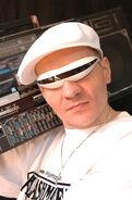 http://musik.wikia