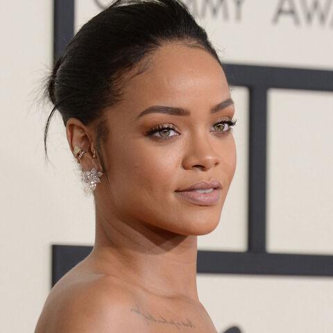 File:Rihanna grammys 2015.jpg