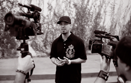 File:Fort Minor - Mike Shinoda.JPG