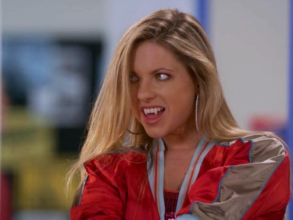 Image Smiley Erica Jpg My Babysitter S A Vampire Wiki