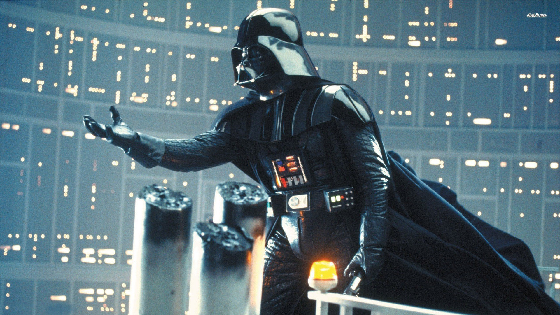 http://vignette3.wikia.nocookie.net/natm/images/e/eb/Darth-hand-james-earl-jones-is-officially-returning-as-darth-vader-the-original-voice-of-darth-vader-isn-t-quite-so-intimidating.jpeg/revision/latest?cb=20141226155701