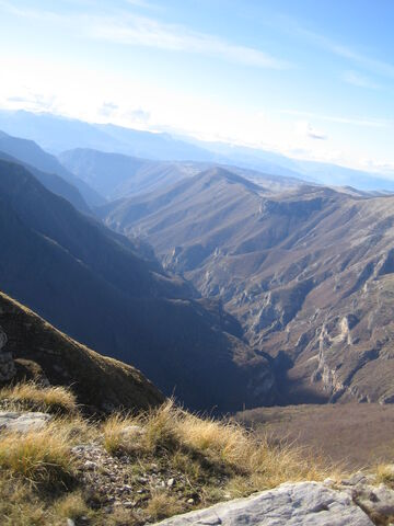 File:- - - Kanjon Rakitnice sa Drstve iznad Međeđe (16224449).jpg