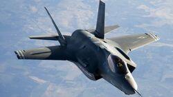 F35 steady flight