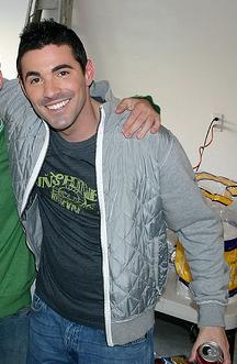 josh server girlfriend