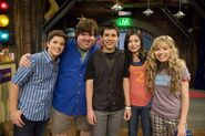 Dan Schneider with the iCarly casts