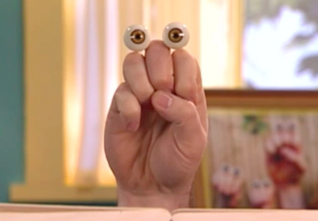 File:Oobi Grampu Noggin Nick Jr. TV Series 4.png