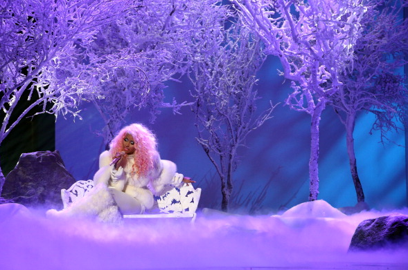 File:AMA 2012 Nicki Minaj Freedom.png