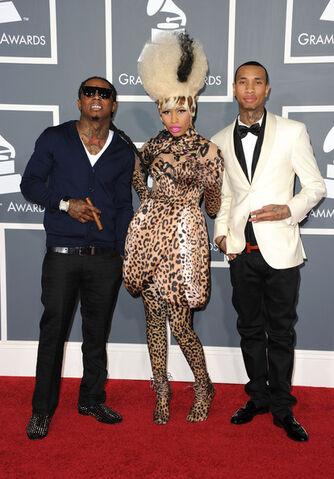File:Tyga+Nicki+Minaj+53rd+Annual+GRAMMY+Awards+9gq B9OYkDtl.jpg