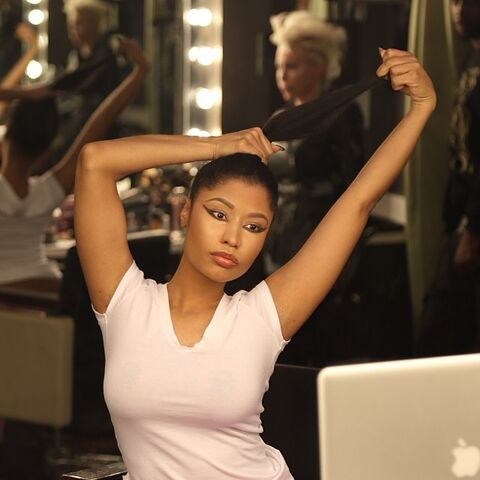 File:Nicki-beautiful-hair-2.jpg