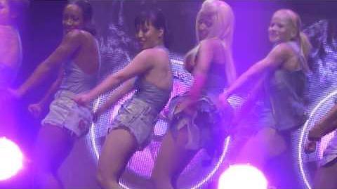 Nicki Minaj - Super Bass - live Manchester 22 october 2012 - HD