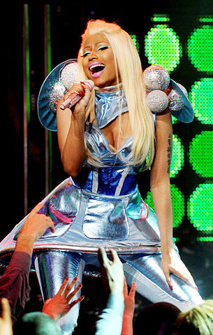 File:Nicki new year eve 2012.jpg