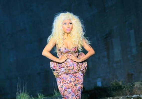 File:Nicki-minaj-freedom-video.jpg