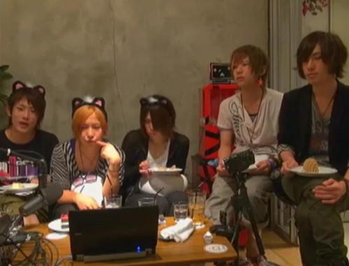 File:Yu kettaro mi-chan mucchi rumdarjun nama 2011.06.20.png