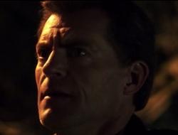 Nikita. Police Detective Peter Edmonds