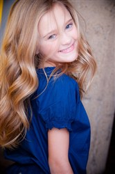 alfa img   showing gt who old is lizzy greene