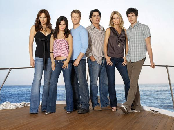 File:Season4cast.jpg
