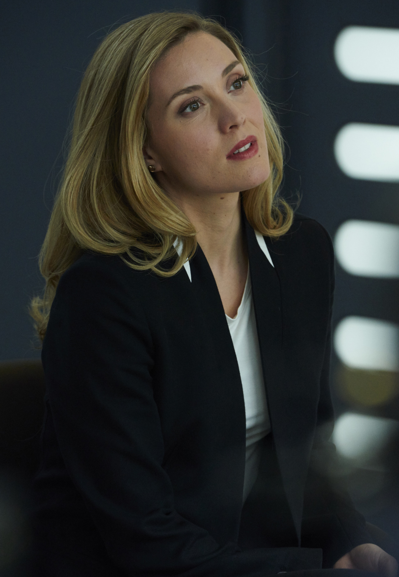 delphine cormier how tall