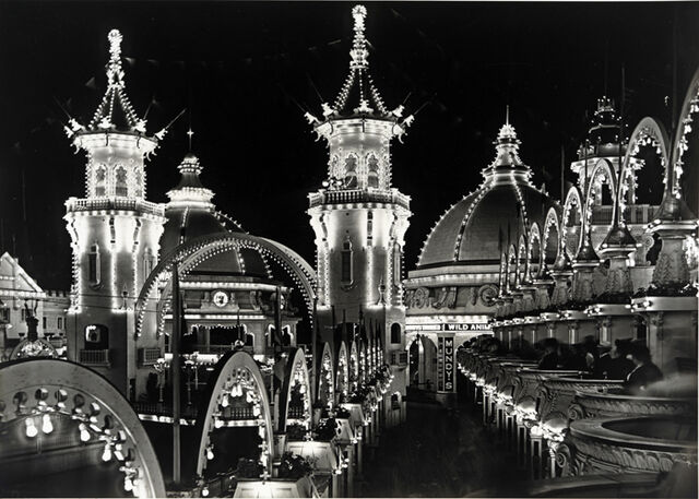 File:Luna Park at night 1906-notte-milano-zero.jpg