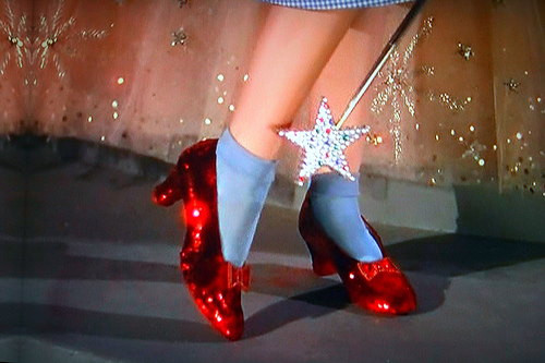 File:Ruby-slippers-wizard-of-oz.jpg