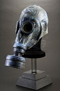 Scavenger Gas Mask-02